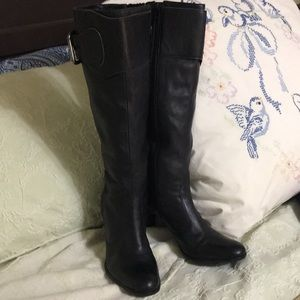 Antonio Melani black leather boots